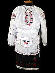 українські костюми з вишивкою