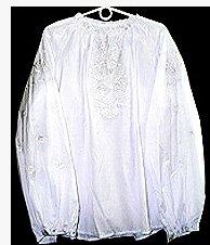 Блузка з вишивкою рішельє